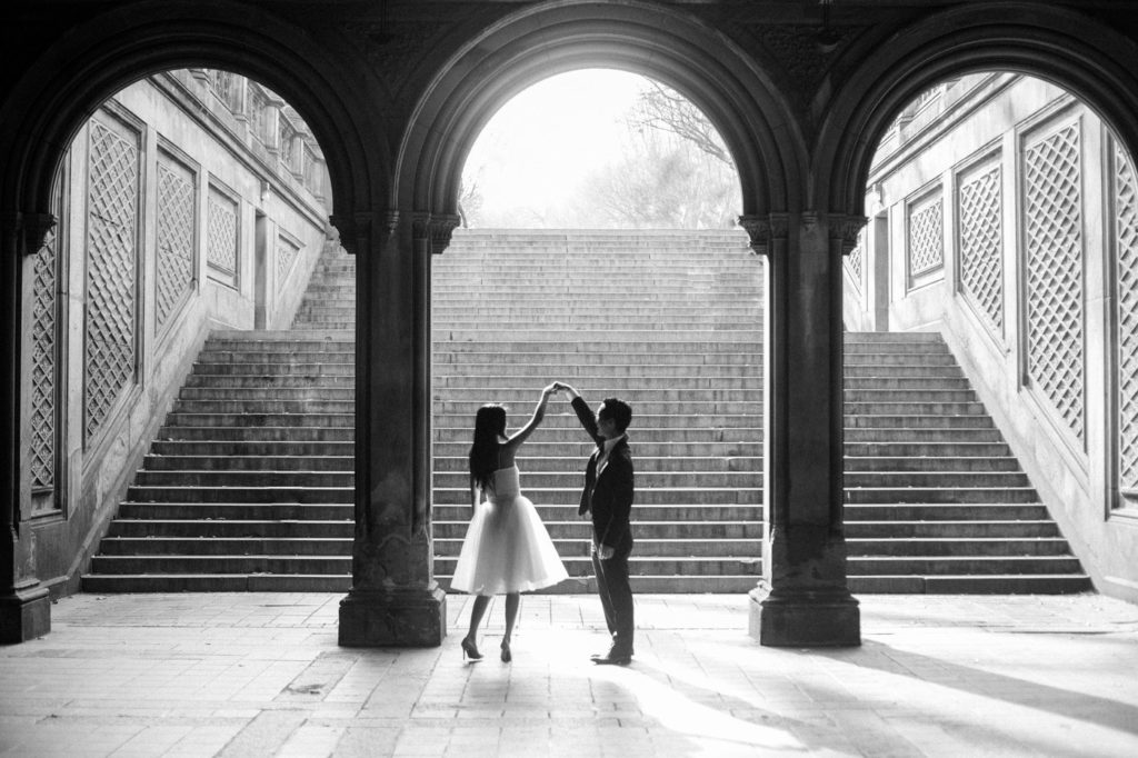 7 Most Romantic Engagement Photo Locations In Nyc In 2019